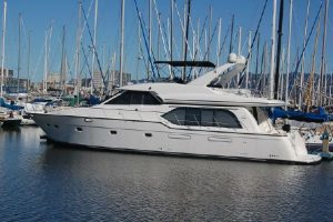 Buy a Boat from BananaBelt - this 5788 Bayliner is For Sale!